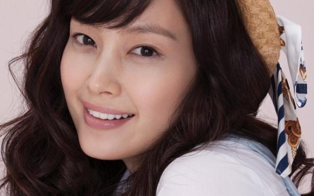 Lee Na Young s dětským úsměvem