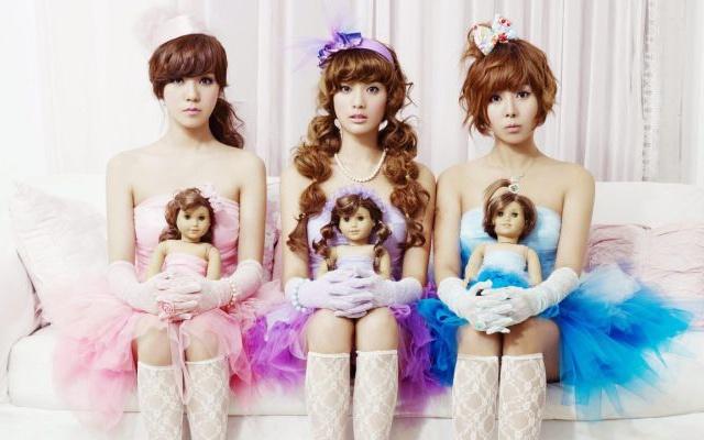 Orange Caramel: (zleva) Lizzy, Nana, Raina