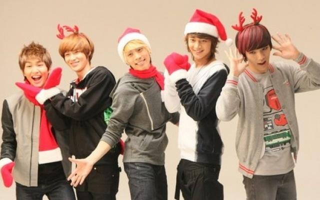 Vianočná SHINee fotka